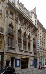 Théâtre Daunou - English: Daunou street - Paris
