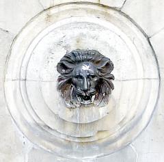 Fontaine publique des Haudriettes - English: Haudriettes fountain - Paris