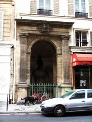 Fontaine publique dite de Joyeuse -  Fontaine de Joyeuse, Paris.