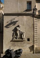 Restes de l'ancienne fontaine Popincourt - English:   Former fontaine de la Charité, Paris IIIe arrondissement, France.
