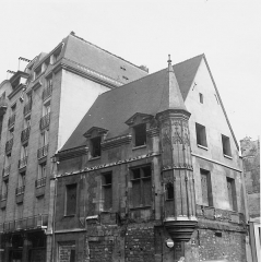Hôtel Hérouet - English: House of Jean Herouet in 1966 before restauration works (Paris 3rd arrond., France).