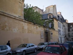 Hôtel du Lude ou de Chatillon -  Paris Streets in April