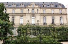 Maison dite aussi Hôtel d'Ecquevilly ou du Grand Veneur -  Hôtel du Grand-Veneur, Paris.