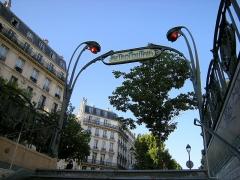 Métropolitain, station Temple -  Metrô de Paris - 1