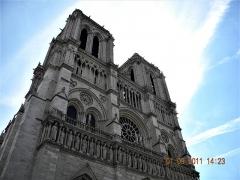Cathédrale Notre-Dame - English: Paris, France. CATHEDRALE NOTRE-DAME (PA00086250). (Detail 4)