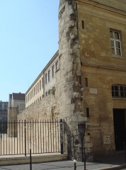 Enceinte de Philippe-Auguste - English: Montgomery_Tower, Paris