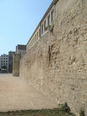 Enceinte de Philippe-Auguste - English: Wall_of_Philippe_Auguste_in_Paris