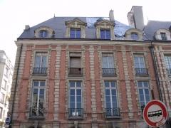 Hôtel Laffemas - Français:   façade du 22