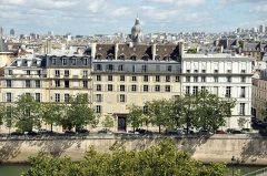 Hôtel Lefebure de la Malmaison -  Quai de Bethune, Paris.