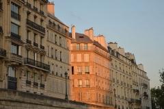 Immeuble -  26-38 Quai d'Orléans, Paris.