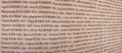 Mémorial du Martyr juif inconnu, actuel Centre de documentation juive contemporaine - English: Klee related surnames at the Mémorial de la Shoah in Paris