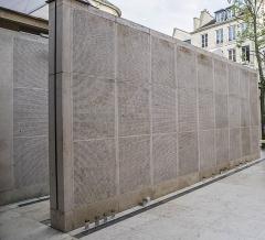Mémorial du Martyr juif inconnu, actuel Centre de documentation juive contemporaine - English: Le mur des noms, Mémorial de la Shoah, Paris