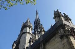 Eglise Saint-Laurent -  Church @ Square Saint-Laurent @ Paris  Église Saint-Laurent, Paris, France.