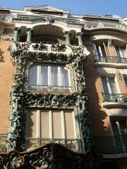 Immeuble -  Belle façade sculptée rue d'Abbeville, Paris 10ème
