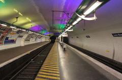Métropolitain, station Louis-Blanc - Nederlands: Louis Blanc metro station