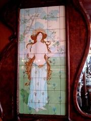 Café-Bar Le Carrefour -  Bar Art Nouveau located 116 rue Ledru-Rollin/50 rue de Charonne; Paris 11