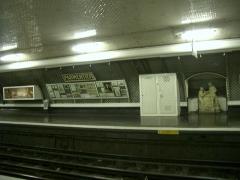 Métropolitain, station Parmentier -  Station de Métro Parmentier à Paris, une exposition autour de Monsieur Parmentier