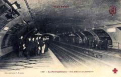 Métropolitain, station Père-Lachaise -