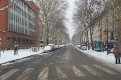 Hôpital Saint-Antoine - English: Boulevard Diderot under snow, at Paris, on January 2013