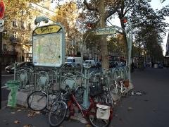 Métropolitain, station Bastille -  Bouche de Métro Style Guimart Art nouveau
