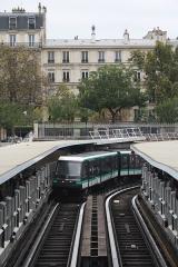 Métropolitain, station Bastille - Deutsch:   MP 05 bei der Einfahrt in die Station Bastille