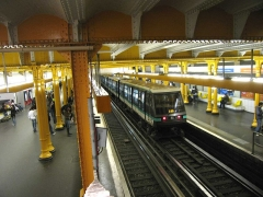 Métropolitain, station Gare de Lyon -  Métro de Paris, Station Gare de Lyon (ligne 1), Paris, France