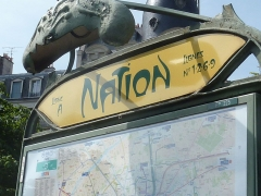 Métropolitain, station Nation - Français:   Station Guimard classée