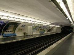 Métropolitain, station Picpus -  Entrée de la station de métro Picpus, ligne 6, 12e arrondissement de Paris, France
