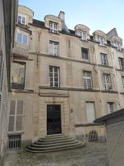 Maison - Français:   Rue des Gobelins Hôtel Mascarni