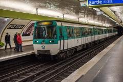 Métropolitain, station Place d'Italie -  Paris Métro-Ligne 7-MF77-Place d'Italie   Bus transport in Paris and Île-de-France.