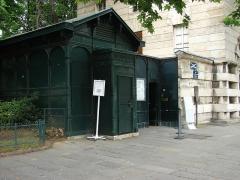 Barrière d'Enfer - Deutsch:  Eingangsgebäude zu den Katakomben von Paris