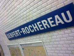 Métropolitain, station Denfert-Rochereau - English: plaque du metro Denfert-Rochereau