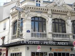 Théâtre Montparnasse-Gaston Baty - English: Theatre Montparnasse on Rue de la Gaite, Paris