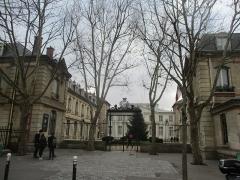 Ecole Jean-Baptiste Say - Français:   Lycée Jean-Baptiste Say, rue d\'Auteuil, Paris XVIe.