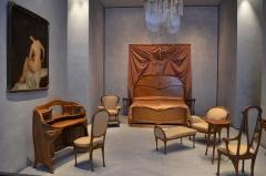 Ancien hôtel particulier d'Hector Guimard - Français:   Mobilier de la chambre d\'Adeline Oppenheim, épouse d\'Hector Guimard, 122 avenue Mozart, Paris (musée des Beaux-Arts, Lyon).