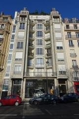 Immeuble -  Façade, no 25 bis rue Benjamin-Franklin, Paris, France.