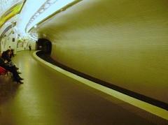 Métropolitain, station Chardon-Lagache - Français:   Quai de la station Chardon-Lagache du métro de Paris (vue depuis le début du quai)