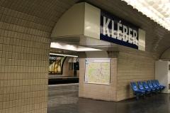 Métropolitain, station Kléber -   (Chaillot) Avenue Kléber  Kléber metro station.
