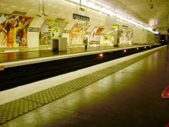 Métropolitain, station Porte-d'Auteuil - Français:   Quai de la station Porte d\'Auteuil du métro de Paris