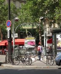Métropolitain, station Victor-Hugo -  Entrance to the Métro at Place Victor Hugo, Paris.