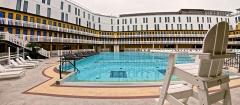 Piscine Molitor -  Summer pool at the Molitor in Paris.
