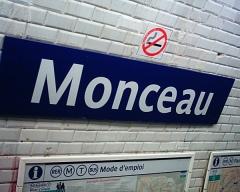 Métropolitain, station Monceau -  Plaque de la station Monceau du Métropolitain de Paris.