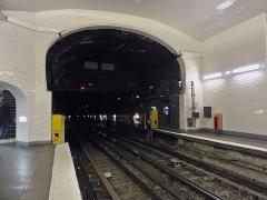 Métropolitain, station Villiers - Français:   Station Villiers de la ligne 3 du métro de Paris, France.