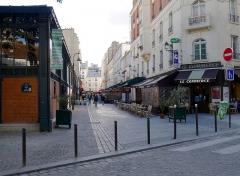 Marché de la Chapelle - Français:   Rue de l\'Olive - Paris XVIII