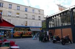 Marché de la Chapelle - Français:   Rue l\'Olive - Paris XVIII