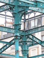 Marché de la Chapelle - Français:   Paris 18ème arrondissement - Marché de la Chapelle en cours de restauration - Appuis de la charpente