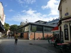 Marché de la Chapelle - Français:   Rue de l\'Olive dans le 18° arrondissement, Marché de La Chapelle.
