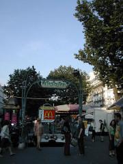 Métropolitain, station Anvers -  Paris metro station entrance