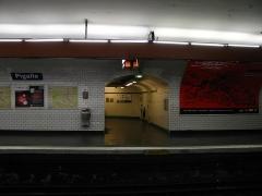 Métropolitain, station Pigalle -  Clignancourt, 75018 Paris, France