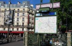 Métropolitain, station Pigalle -  Pigalle (Paris Metro)